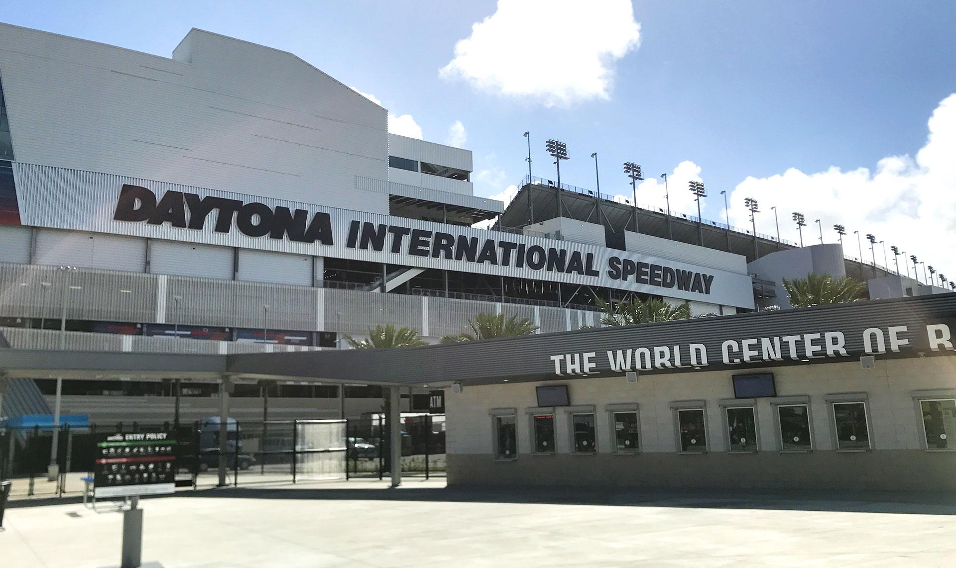 https://www.mundomex.com.mx/sites/default/files/images/bnr_Daytona500_1.jpg